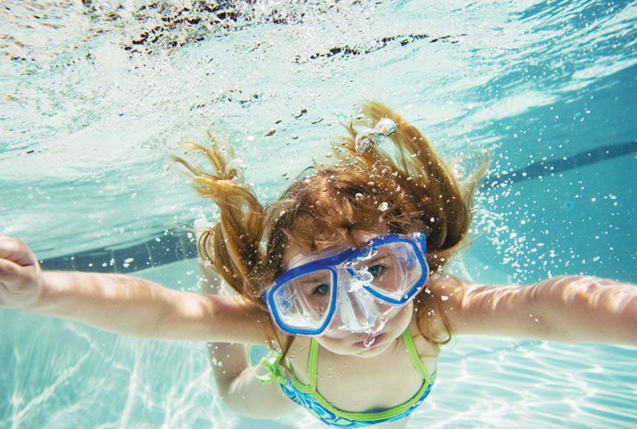 Prevent Burning Red Eyes While Swimming Summer Safety